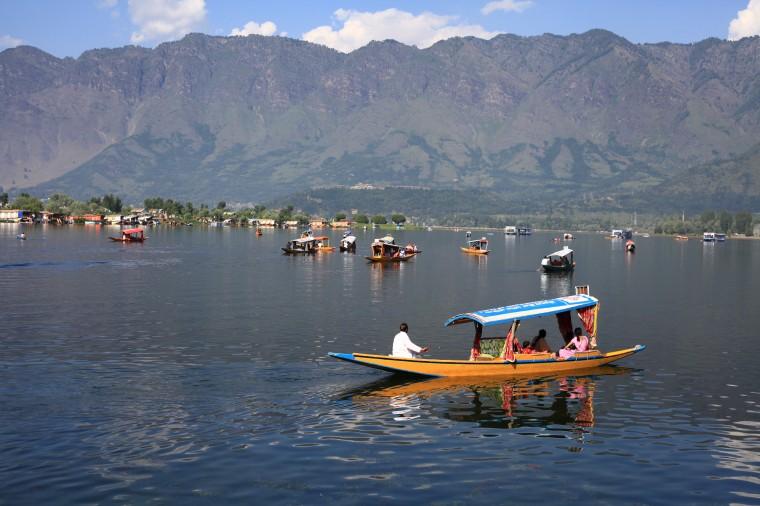 Exploring Dal Lake Houseboats during Pandemic
